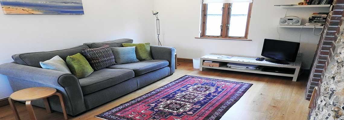 the-annexe-livingroom